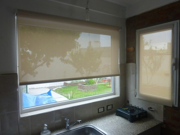 Cortinas roller en rawson - Cortinas screen cocina ...